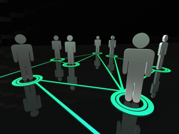 Соцсеть — находка для шпиона?
