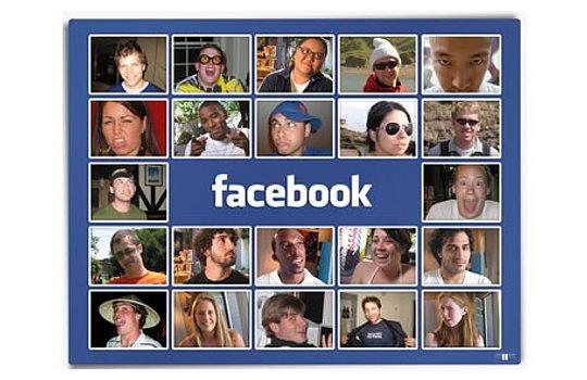 Около половины всех пользователей Facebook заходят в соцсеть ежедневно