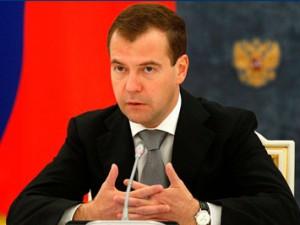 Медведев зафолловит «Единую Россию» в Twitter