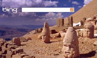 Bing не спешит добавлять данные Facebook и Twitter в основной поиск