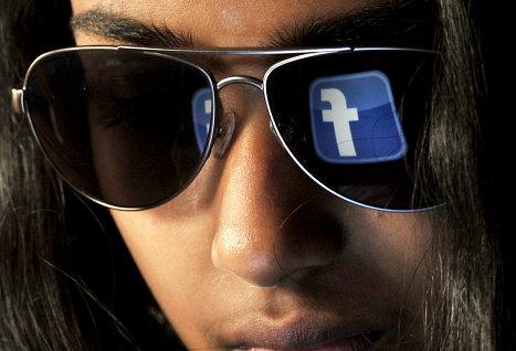 Facebook насчитала у себя лишь 8,7% фальшивых профилей