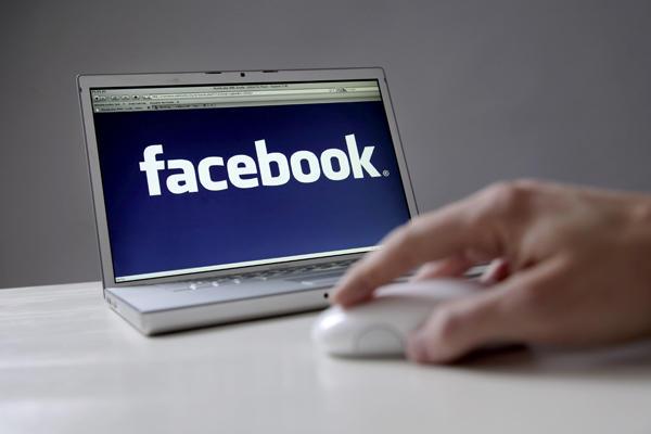 Facebook выпустил новые версии мобильных приложений под iOS и Android