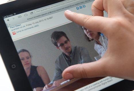 «ВКонтакте» — единственный из крупнейших ресурсов рунета, который не отрицает приема Эдварда Сноудена на работу
