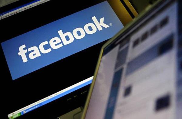 Facebook будет платить за «лайки»
