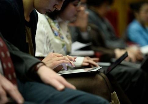 Пользователи начинают терять интерес к общению в соцсетях