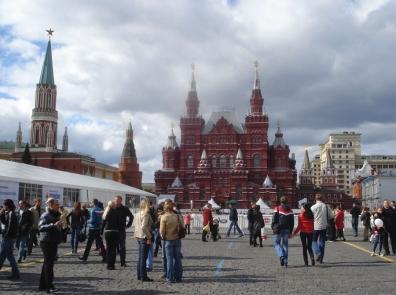 Колин Кроуэлл намерен обсудить законодательное регулирование Интернета в России с интернет-компаниями