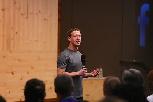 Марк Цукерберг проведет еще одну публичную сессию вопросов и ответов 11 декабря в штаб-квартире компании в Менло-Парке
