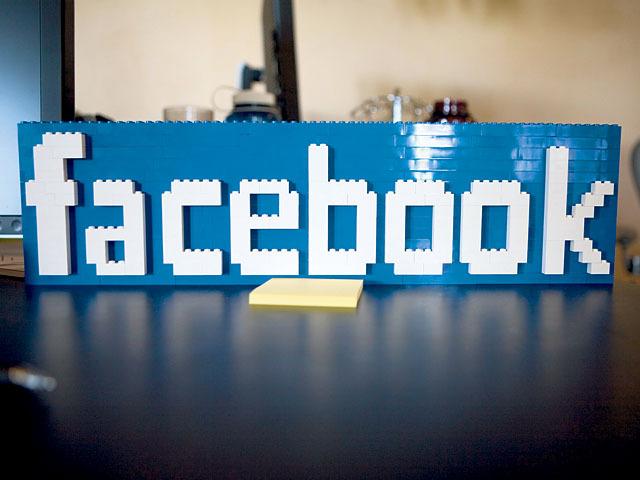 Facebook представила первые результаты использования мобильной кнопки «Like» в приложениях