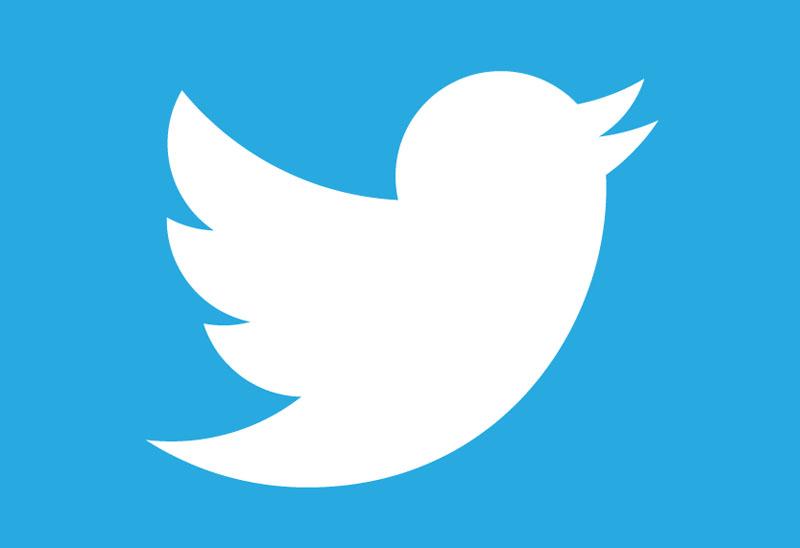 Twitter экспериментирует с показом постов на трендовую тему в хронике