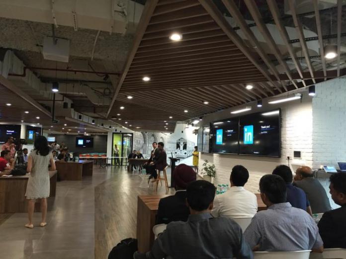 LinkedIn создал облегчённое приложение для пользователей в Индии