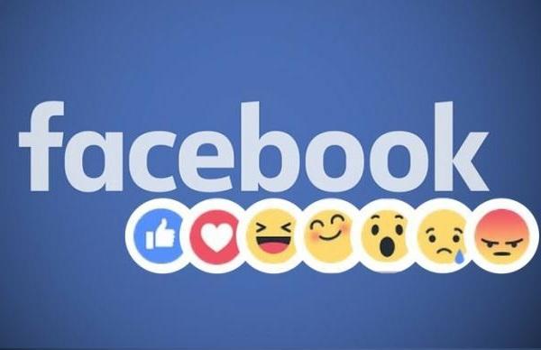 Смайлам-реакциям в Facebook исполнился 1 год