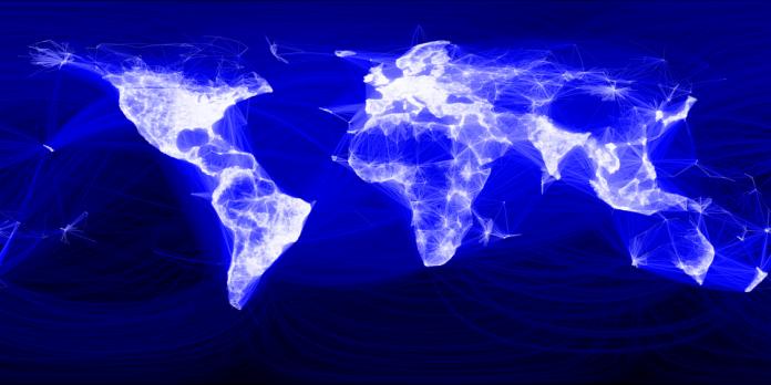 Ежемесячная аудитория Facebook превысила 2 млрд человек