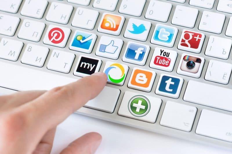 Заработок без вложений в социальных сетях