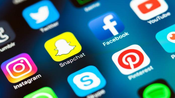 Россия и Китай готовятся к созданию альтернативных мессенджеров и соцсетей
