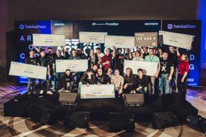 ВКонтакте выплатила 1,5 миллиона рублей победителям VK Хакатона