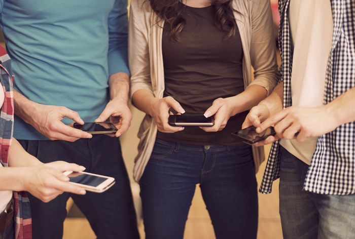 Доля российских пользователей «mobile only» достигла 35%