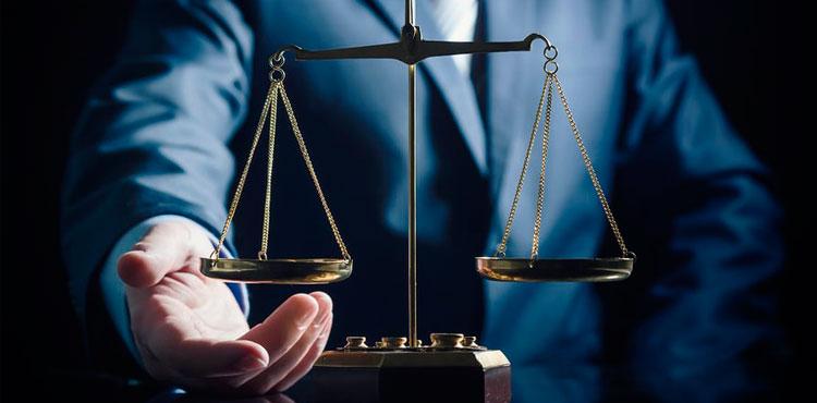 За юридической помощью к адвокату