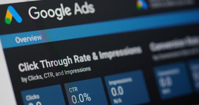 Google Ads будет добавлять в отчёты рекомендованные столбцы