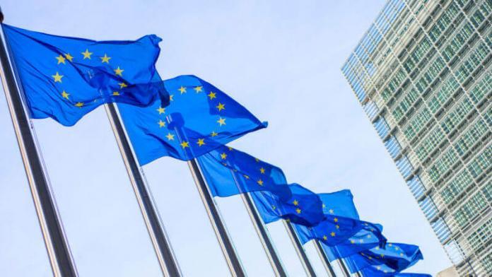 Большинство стран-участниц ЕС проголосовали за директиву об авторском праве