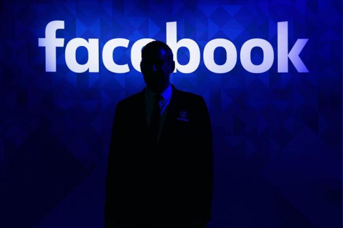 WSJ: Facebook хотел отказаться от политрекламы, но Цукерберг выступил против