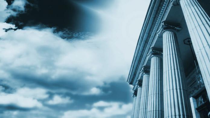 В США планируют открыть антимонопольные расследования против Google и Amazon
