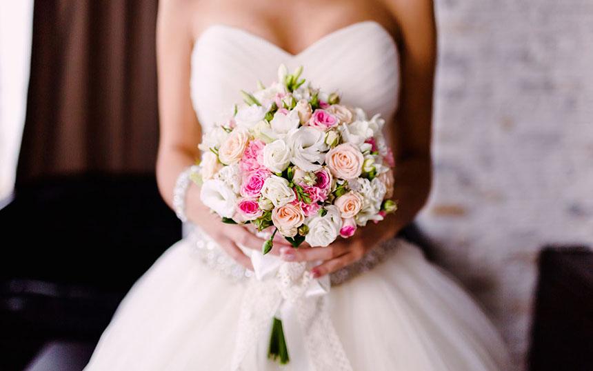 Букет невесты, как его правильно подобрать к платью?