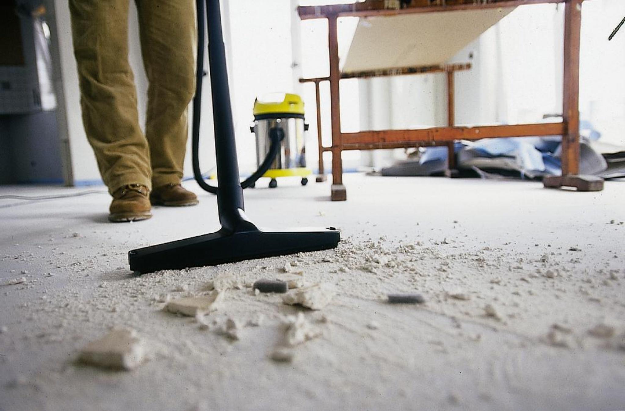 Уборка квартир после ремонта, убираем неприятные запахи