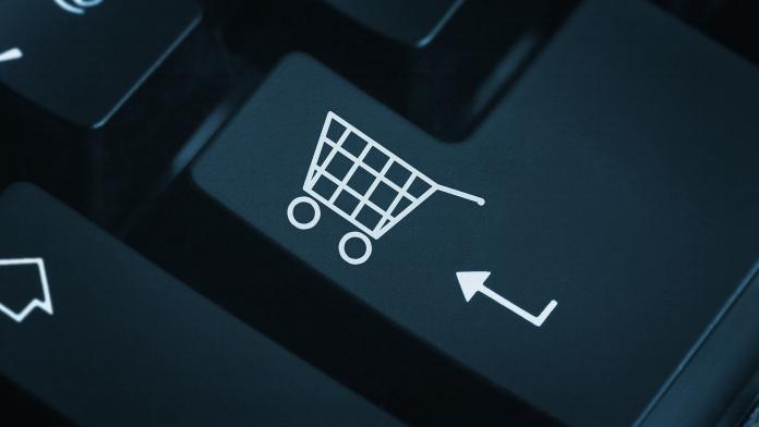 Интернет-торговля в России в первом полугодии выросла на 26%
