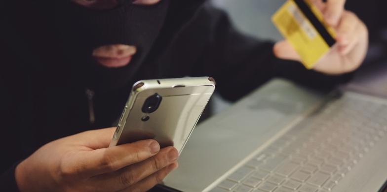Как защитить себя от мошенников в социальных сетях