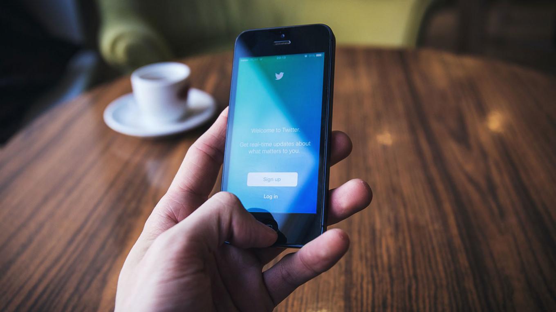 Twitter начал тестировать голосовые личные сообщения