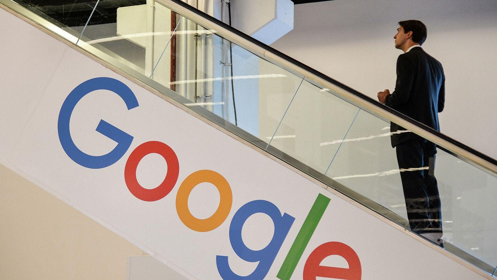 Google объяснил, когда и почему контент удаляется из поиска