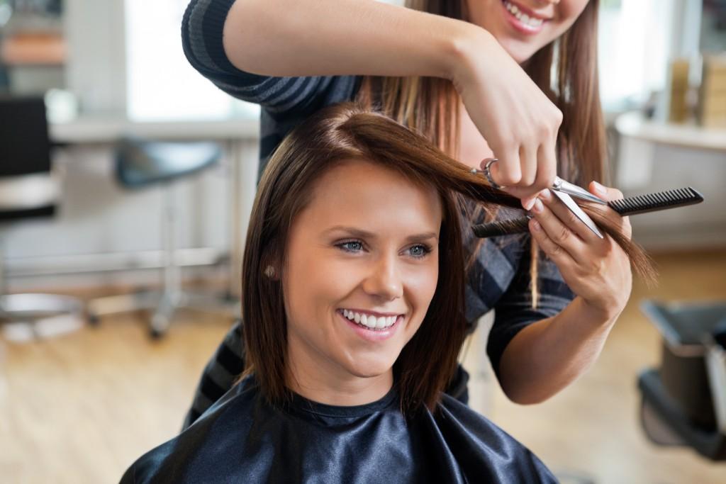Особенности обучения на курсах парикмахеров