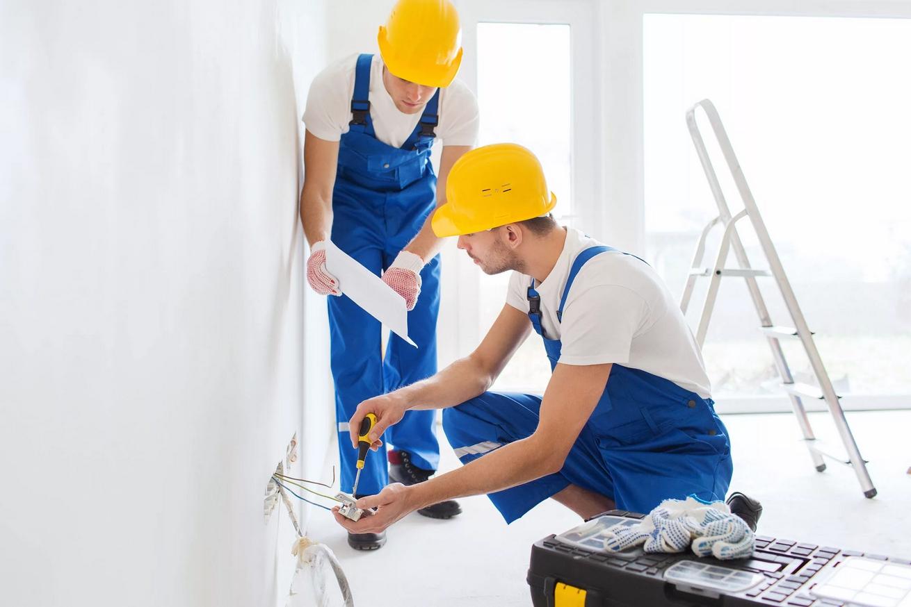 Ремонт и отделку квартиры в новостройке стоит доверить профессионалам